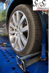 conjunto_transporte_coches_con_ganchos_giratorios.jpg
